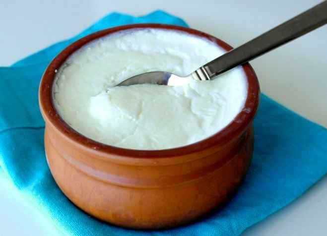Natural Moisturizers - Yogurt