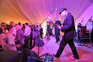 Arranging for the best wedding entertainment