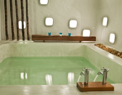 The Essential Benefits of Acrylic as a Material for Your Bath